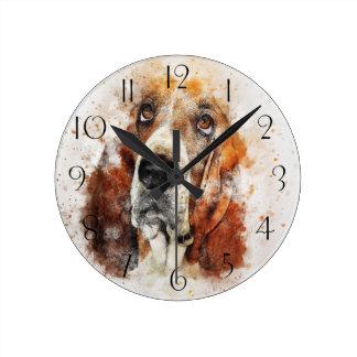 Horloge Ronde Peinture d'aquarelle de chien de basset