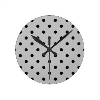 Horloge Ronde Petit pois - noir sur gris-clair