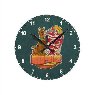 "Horloge Ronde Pile de Scooby-Doo | de graphique de ""Munchies"" de"