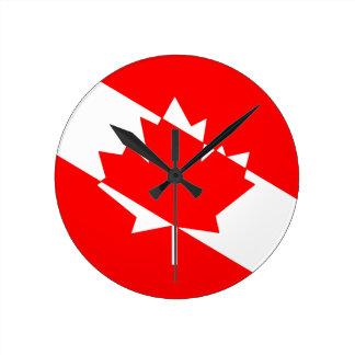 Horloge Ronde Piqué blanc rempli Canada