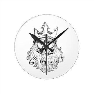 Horloge Ronde Poseidon portant la gravure sur bois en couronne