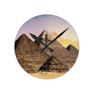 Horloge Ronde pyramides