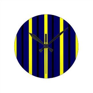 Horloge Ronde Rayure bleu-foncé de Derby