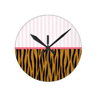 Horloge Ronde Rayures roses et Tigerprint