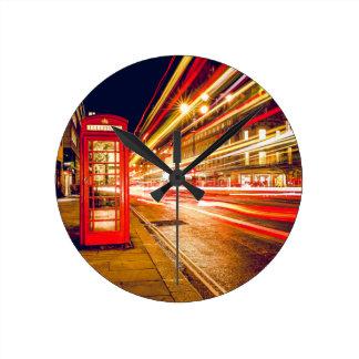 Horloge Ronde Rue de Londres la nuit