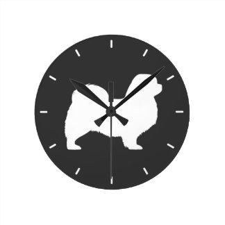 Horloge Ronde Silhouette tibétaine d'épagneul
