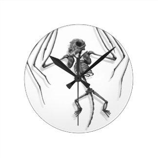 Horloge Ronde Squelette de batte