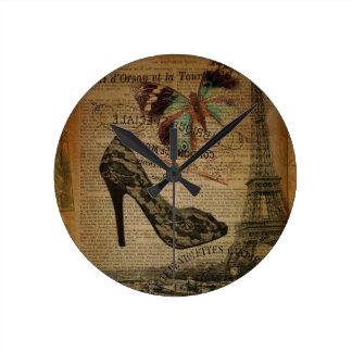 Horloge Ronde stylet girly de dentelle de Tour Eiffel romantique