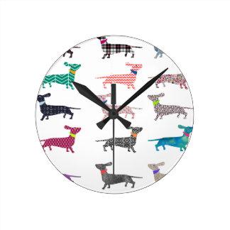 Horloge Ronde Teckel coloré !