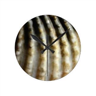 Horloge Ronde texture verticale d'ondulations
