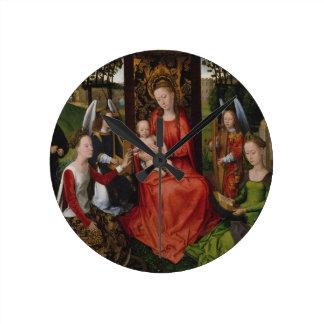 Horloge Ronde Vierge et enfant avec des saints Catherine de