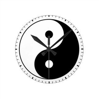 Horloge Ronde Yin et yang (yin-Yang, yang de yin) - symbole de
