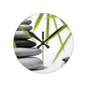 Horloges Zen murales   Zazzle.fr