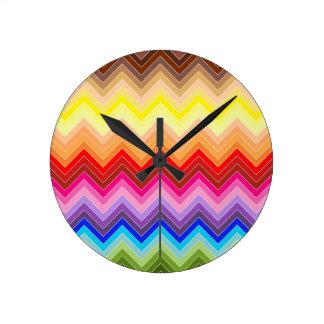 Horloge Ronde Zigzag d'arc-en-ciel