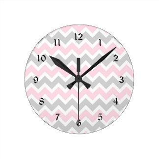b b rose gris horloges b b rose gris horloges murales. Black Bedroom Furniture Sets. Home Design Ideas