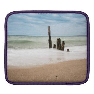 Housse iPad Brise-lames sur le rivage de la mer baltique