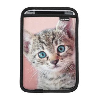 Housse iPad Mini Chaton mignon avec les yeux bleus