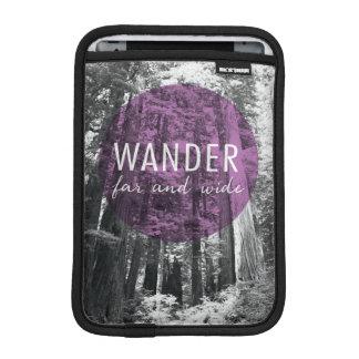 Housse iPad Mini Dans les bois | errent très loin citation