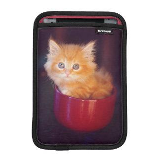 Housse Pour iPad Mini Chaton orange dans une tasse rouge