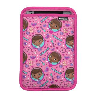 Housse Pour iPad Mini Motif de rose de soin de Doc. McStuffins | I