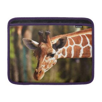 Housse Pour Macbook Air Brown mignon et portrait blanc de visage de girafe