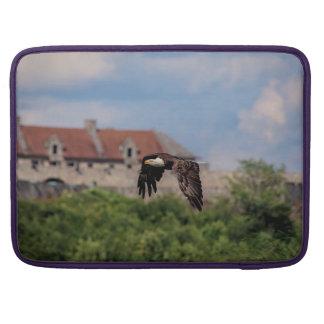 Housse Pour Macbook Eagle chauve passant le fort Ticonderoga