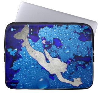 Housse Pour Ordinateur Portable Art de sirène de Swimmig par Lita Kelley