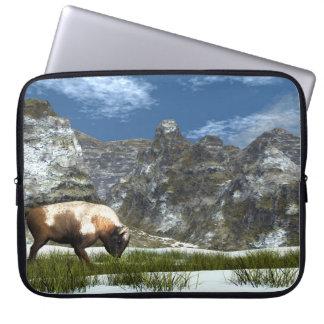 Housse Pour Ordinateur Portable Bison dans la montagne