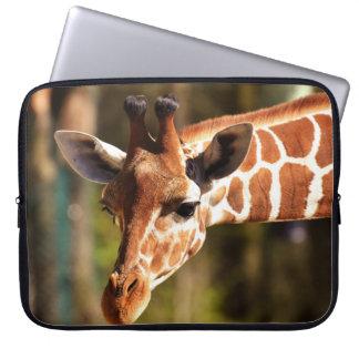 Housse Pour Ordinateur Portable Brown mignon et portrait blanc de visage de girafe