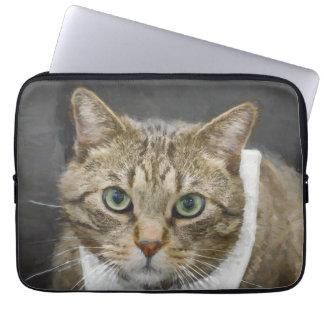 Housse Pour Ordinateur Portable Chat tigré brun aux yeux verts mignon portant une