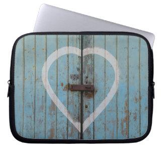 Housse Pour Ordinateur Portable Coeur bleu de porte de grange de pays rustique