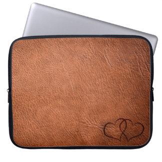 Housse Pour Ordinateur Portable Coeurs en cuir - Brown - douille d'ordinateur