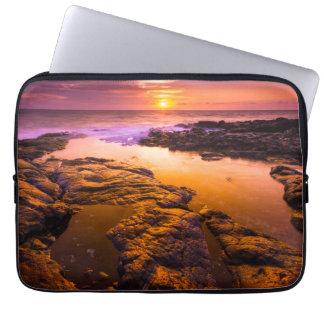 Housse Pour Ordinateur Portable Coucher du soleil au-dessus des piscines de marée,