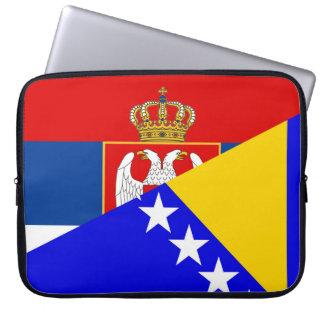 Housse Pour Ordinateur Portable de symbole de pays de drapeau de la Serbie