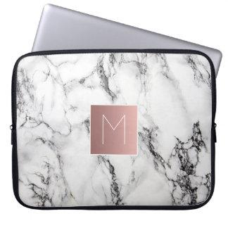 Housse Pour Ordinateur Portable monogramme rose d'or sur le marbre