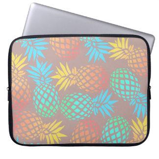 Housse Pour Ordinateur Portable motif coloré tropical d'ananas d'été élégant