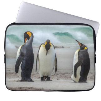 Housse Pour Ordinateur Portable Pingouins lissant sur la plage