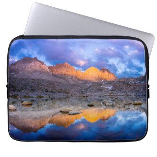 Housse Pour Ordinateur Portable Réflexion de montagne, la Californie