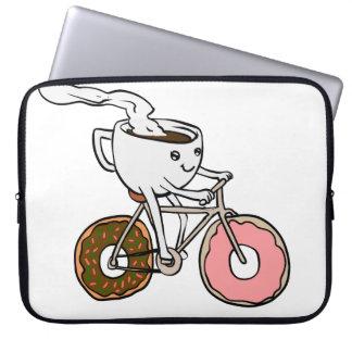 Housse Pour Ordinateur Portable Tasse montant une bicyclette avec des roues de