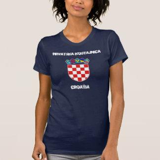 Hrvatska Kostajnica, Croatie avec le manteau des T-shirt