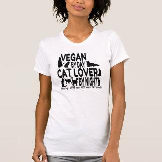 Humour végétalien d'amoureux des chats t-shirt