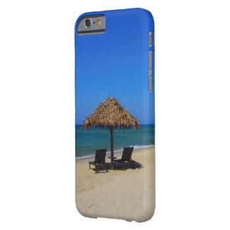 Hutte tropicale de détente de parapluie de plage coque barely there iPhone 6