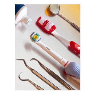 Hygiène buccale - brosse à dents électrique, carte postale