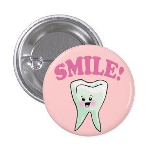 Hygiéniste dentaire mignon pin's avec agrafe