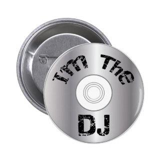 I.m le DJ boutonnent l'insigne Badge