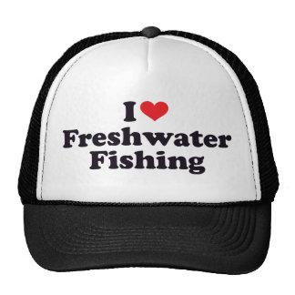 I pêche en eau douce de coeur casquette de camionneur