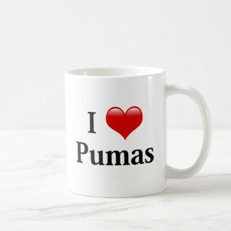 I Pumas de coeur Mug