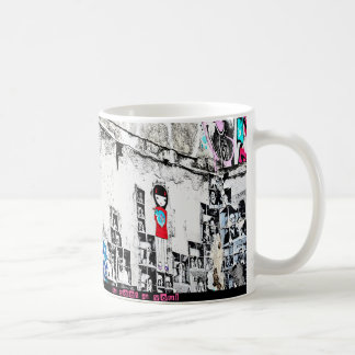 I was in Barcelone : street art in the old downtow Mug Blanc
