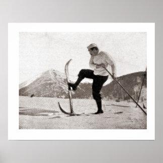 Iamge vintage de ski, skis en bois, poteau simple poster