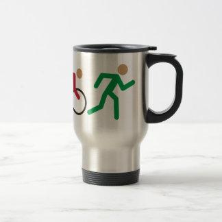 Icônes de logo de triathlon en couleurs mug de voyage